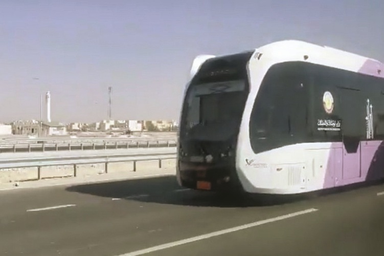 انطلاق تجربة النقل الأتوماتيكي على طريق الخور اليوم